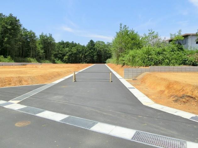 【分譲地内幅員6m道路】
