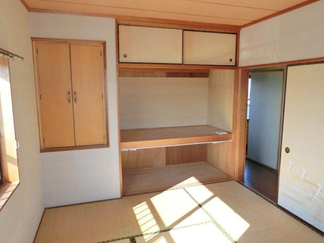 【2階和室6帖収納】
