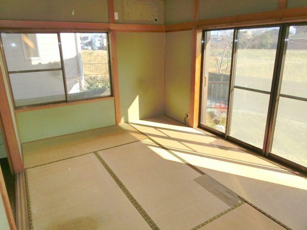 【ダイニングキッチン横の和室6帖】
