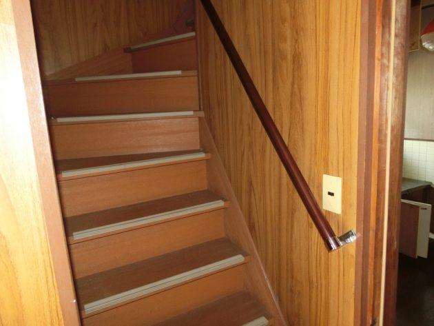 【階段入口】