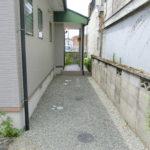 【玄関前アプローチ】