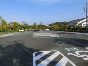 【4か所の大きな駐車場】