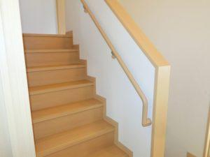 【2階より2.5階への階段】