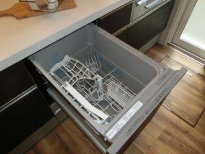 【あると便利な食器洗浄乾燥機付きキッチン】