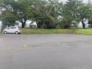 【それほど駐車スペースは無い東公園駐車場】
