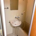 【洗面台が一緒になっている浴室】