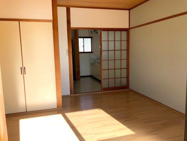 【キッチンスペースと洋室部分は建具にて仕切られています】