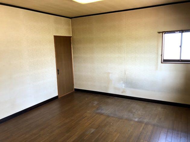 【田原町中古住宅2階洋室】