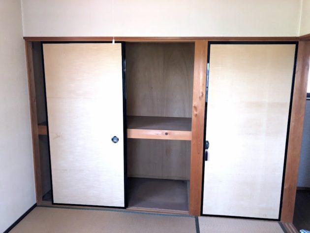 【田原町中古住宅2階和室押入】
