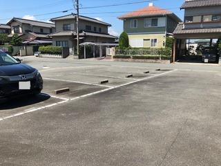 すずらん駐車場②